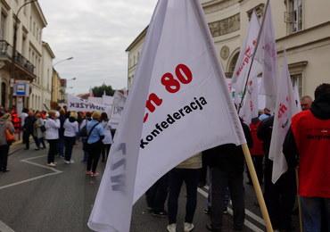 Protest przedstawicieli służb medycznych w Warszawie