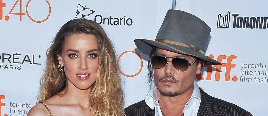Johnny Depp został zmuszony do ponownego pokochania Francuskiej Riwiery! Tak ironicznie nadsekwańskie media komentują fakt, że nikt nie chciał kupić za 23 miliony euro należącej do niego XIX-wiecznej miejscowości na południu Francji, która została przekształcona w gigantyczną prywatną posiadłość.