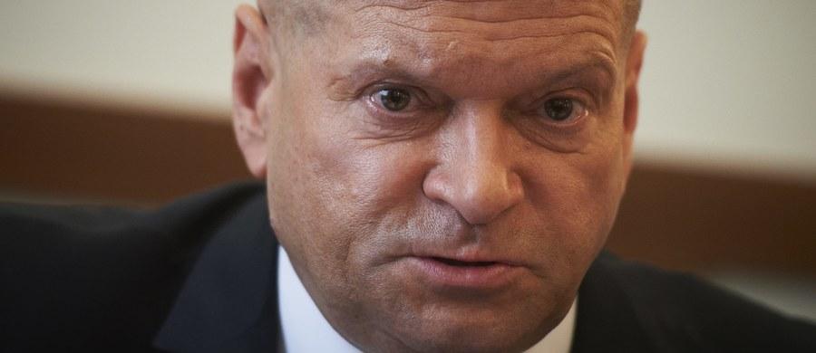 """Sąd Najwyższy oddalił kasacje skazanych w procesie tzw. śląskiego gangu paliwowego. Tym samym ostateczny stał się wyrok 1,5 roku więzienia za """"wypranie"""" 2,3 mln. zł dla b. posła i detektywa Krzysztofa Rutkowskiego."""
