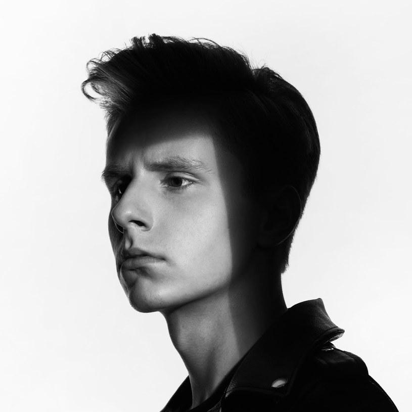 Wiosną 2016 roku ukaże się debiutancki album Piotra Zioły. Za sprawą charakterystycznego wokalu 18-latek z Opola już zdobywa uznanie w środowisku muzycznym.