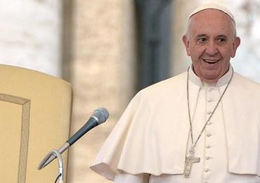 Papież spotkał się z byłą urzędniczką, która sprzeciwiła się ślubowi gejów