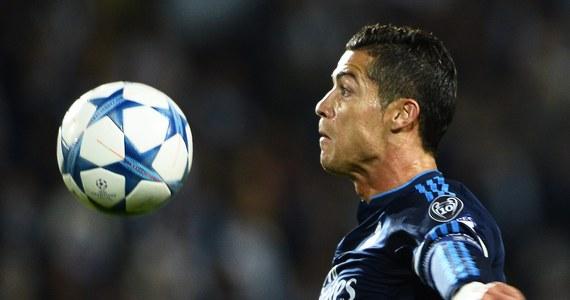 500. w karierze gol Cristiano Ronaldo był bez wątpienia najważniejszym wydarzeniem środowych spotkań piłkarskiej Ligi Mistrzów. Warto odnotować też zwycięstwa angielskich drużyn: Manchesteru United i Manchesteru City. Łącznie w ośmiu spotkaniach padło 25 bramek.