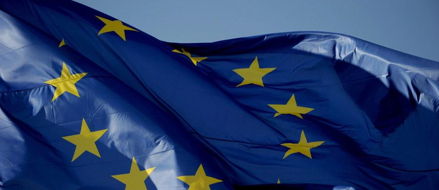 Unia Europejska odstąpiła od sankcji nałożonych na Rosję w lipcu 2014 roku w związku z jej działaniami na Ukrainie. Zezwoliła w drodze wyjątku na zakup rosyjskiego paliwa do unijnych rakiet – dowiedziała się korespondentka Katarzyna Szymańska-Borginon.