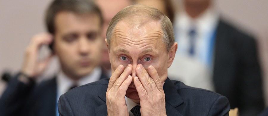 Ukraiński ambasador oblał gorącą kawą wicepremiera Krymu Dmitrija Połonskiego. Mimo, że miał on zakaz wjazdu, został wpuszczony do Polski na sesję OBWE. W Warszawie miał zostać potraktowany... gorącą kawą.
