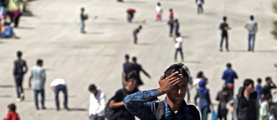 Władze w Atenach wezwały Greków do podjęcia środków ostrożności w związku z możliwym przypadkiem zachorowania na cholerę na wyspie Kos. To miejscu, które dla wielu tysięcy imigrantów oznacza drzwi do Europy.