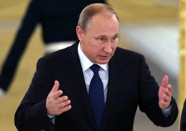 Uciekinier z Rosji o Putinie: Małpa z granatem, grająca na wzrost cen ropy