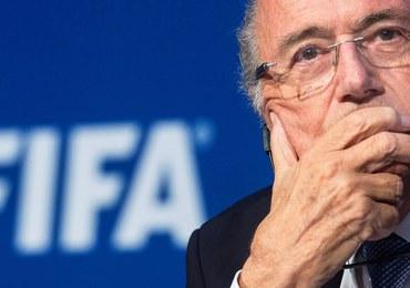 Afera FIFA: Sponsorzy chcą zmusić Blattera do odejścia