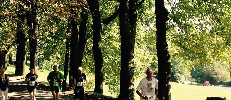 13 kilometrów pokonali uczestnicy 9. Biegu Trzech Kopców w Krakowie. Trasa tradycyjnie prowadziła przez kopce: Krakusa, Kościuszki i Piłsudskiego. To jedyny w Polsce bieg górski, który wiedzie przez centrum dużego miasta. Na starcie stanęło ponad 2 tys. osób.