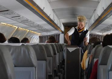 Stewardesa dorabiała jako prostytutka. Klientów przyjmowała w toalecie