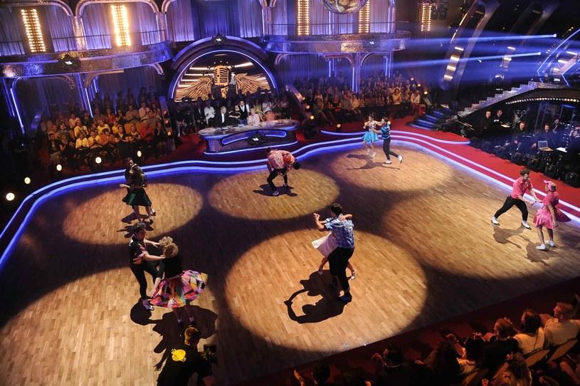 """Już w najbliższy piątek w """"Dancing with the Stars. Taniec z Gwiazdami"""" obok siedmiu pozostałych w programie par wystąpi siedem muzycznych gwiazd, do których piosenek pary zatańczą."""