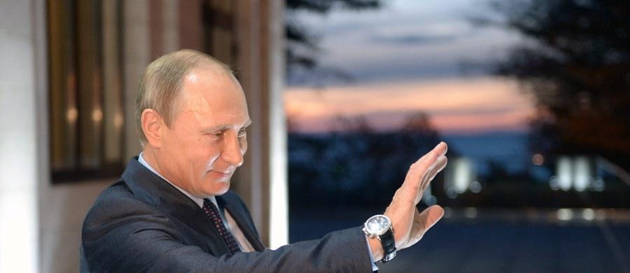 """Dwie największe niemieckie gazety, """"Suedeutsche Zeitung"""" i """"Frankfurter Allgemeine Zeitung"""", krytykują prezydenta Rosji Władimira Putina za jego interwencję w Syrii. Zdaniem komentatorów wspierając Asada Kreml odbudowuje imperium korzystając z błędów Zachodu. """"Wojna Asada staje się wojną Putina"""" - piszą gazety."""