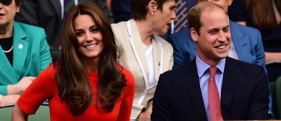 Brytyjskie ministerstwo transportu wprowadza zakaz lotów nad domem księcia Williama i księżnej Kate. Obowiązywać on będzie już od przyszłego miesiąca. Decyzja podyktowana jest względami bezpieczeństwa. Ale nie tylko.