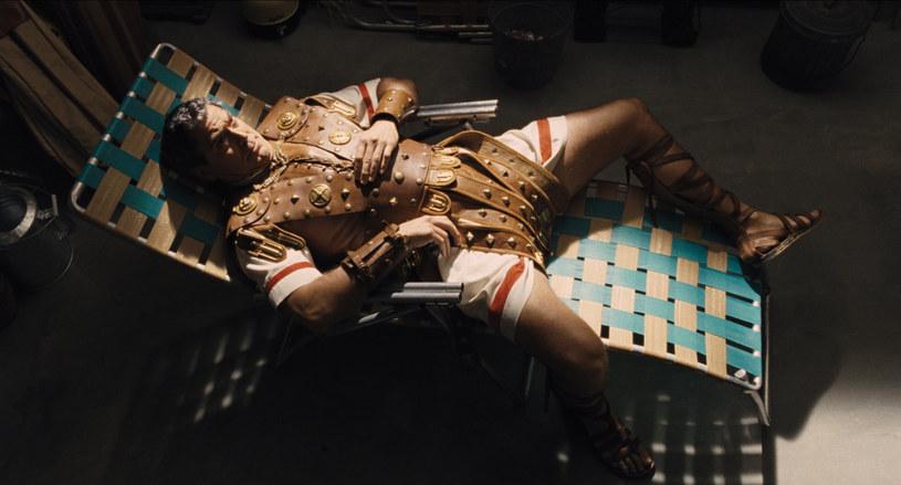 """Nowy film braci Coen """"Ave, Cezar!"""" trafi na polskie ekrany dopiero 19 lutego 2016, jednak już dziś możemy zobaczyć zapowiedź produkcji z udziałem n.in. George'a Clooneya i Scarlett Johansson."""