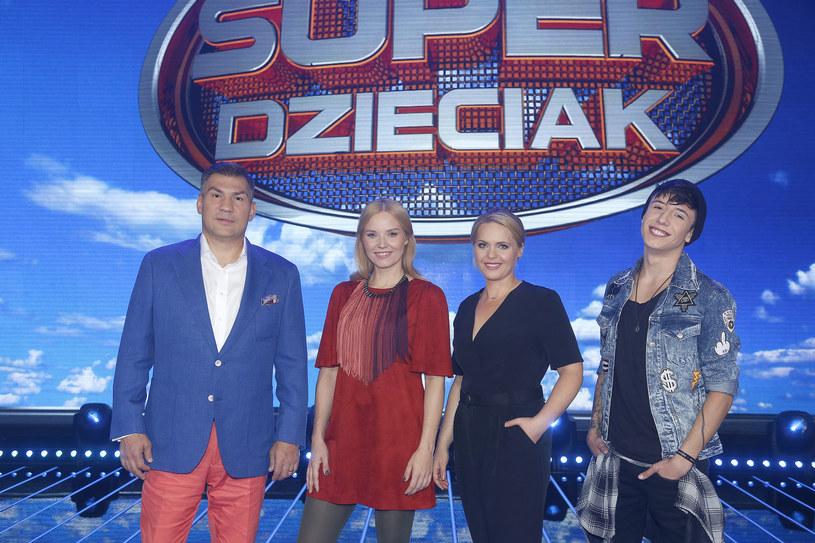 """Debiutujący w sobotę (10 października) nowy show """"SuperDzieciak"""" uszczuplił wyniki konkurencyjnych programów."""