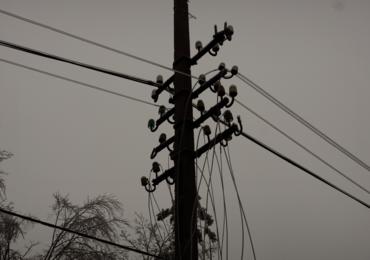 Świętokrzyskie: Prawie 11 tysięcy odbiorców bez prądu