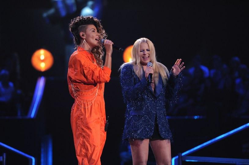 """Nie tylko uczestnicy rywalizują w duetach w trakcie bitw w """"The Voice of  Poland"""". Tym razem na scenie zmierzyły się ze sobą Edyta Górniak i Marysia Sadowska."""