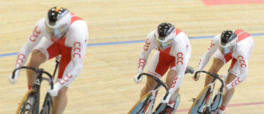 Po jednym medalu w każdym kolorze zdobyli polscy kolarze torowi w drugim dniu mistrzostw Europy w szwajcarskim Grenchen. Złoty wywalczyła Katarzyna Pawłowska w wyścigu punktowym, srebrny - drużyna sprinterów, a brązowy - Adrian Tekliński w wyścigu scratch.