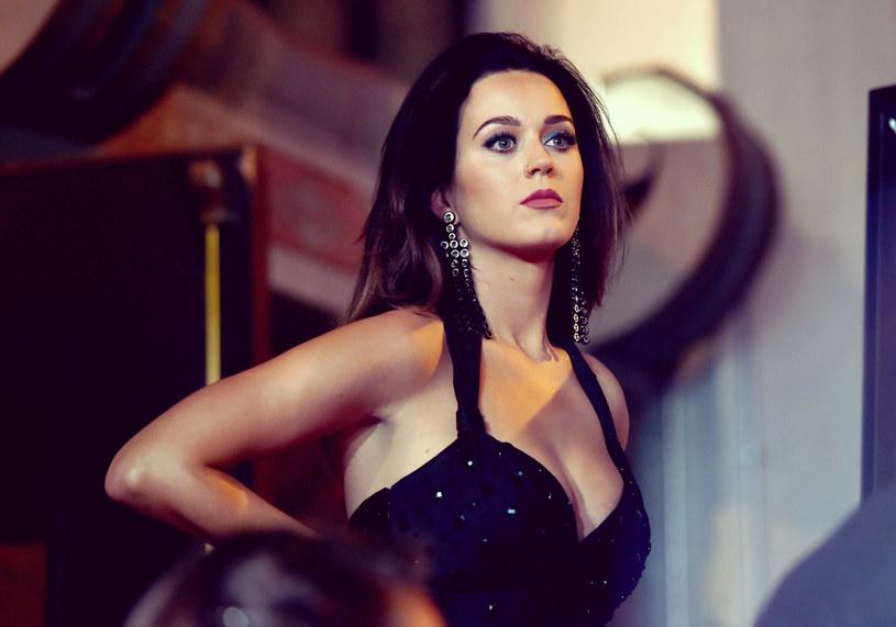 Jeden wpis na Twitterze sprawił, że sieć przypomniała sobie o nieznanym epizodzie w życiu Katy Perry. Otóż współpracowała ona z grupą P.O.D.