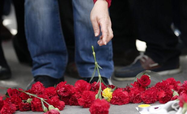 Do 102 wzrosła liczba ofiar śmiertelnych podwójnego zamachu bombowego, który przeprowadzono 10 października przed dworcem kolejowym w Ankarze. Taką informację przekazała turecka prokuratura, prowadząca śledztwo w tej sprawie.