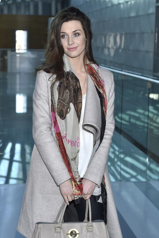 """Julia Kamińska, znana z seriali """"Brzydula"""" oraz """"Singielka"""", choć nie jest zawodową aktorką przyznaje, że aktorstwo jest jej pasją. Kolejnymi są pisanie scenariuszy a także podróże."""