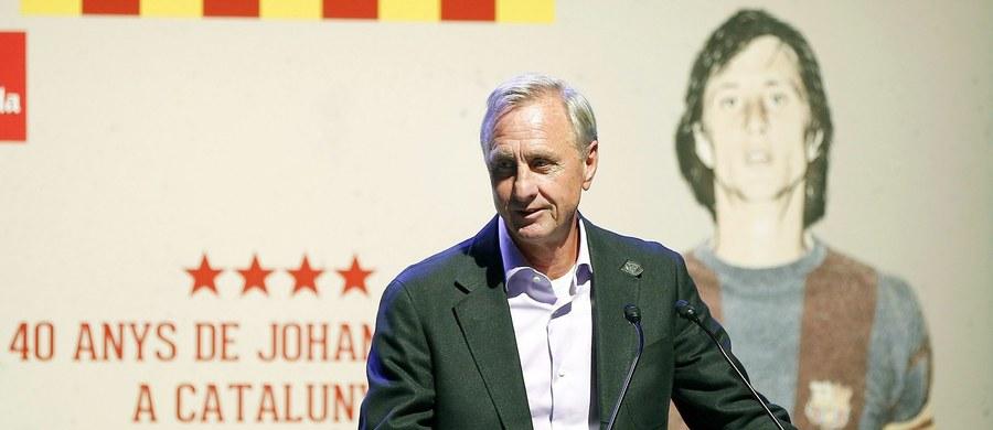 Były piłkarz i trener Barcelony Johan Cruyff jest chory na raka płuc - poinformowało katalońskie radio RAC1. 68-letni Holender ma przejść jeszcze szereg badań, które mają określić dalsze kroki leczenia.