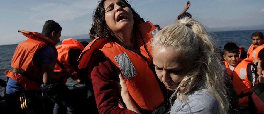 """""""Bułgaria, Serbia i Rumunia mogą zamknąć granice dla migrantów"""" - zapowiedział w Sofii bułgarski premier Bojko Borysow po rozmowie z szefami rządów Serbii Aleksandrem Vucziciem i Rumunią Victorem Pontą. """"Nie dopuścimy, by nasze kraje stały się strefą buforową. (…) Jeżeli Niemcy i Austria i inne państwa zamkną granice, gotowi jesteśmy zareagować w ten sam sposób"""" - stwierdził Borysow."""