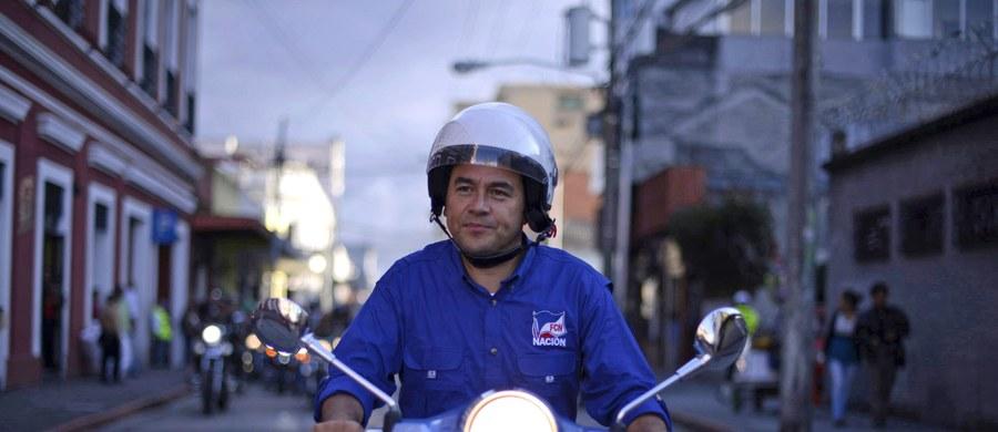 Zwycięzcą drugiej tury wyborów prezydenckich w Gwatemali został Jimmy Morales, 46-letni telewizyjny komik, szef prawicowego Frontu Konwergencji Narodowej (FCN). Według cząstkowych wyników wstępnych uzyskał on ok. 73 proc. głosów - podaje agencja AFP.