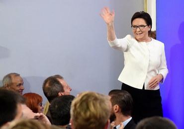 Barwy kampanii: PiS. Pan Toliboski. Nenufary