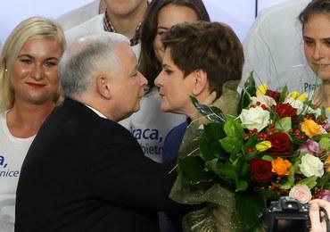 """""""Liberation"""": Populistyczna partia braci Kaczyńskich pokonała PO"""