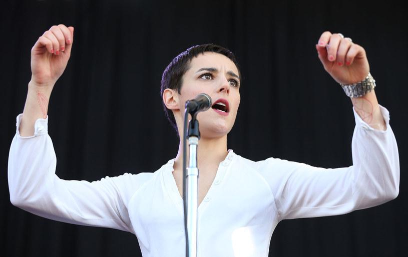 Członkini rockowej grupy Savages przyznała, że nienawidzi francuskiej produkcji z Audrey Tatou w roli głównej.