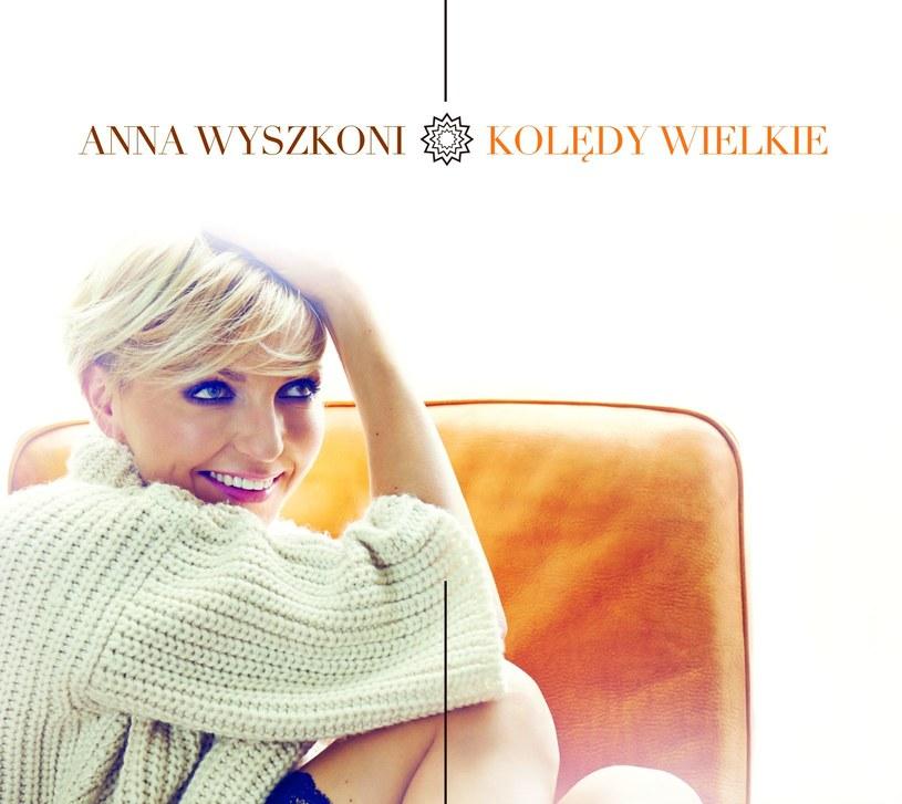 """20 listopada płytę """"Kolędy wielkie"""" wyda Ania Wyszkoni. Poza jej ulubionymi kolędami album zawierać będzie także dwie premierowe piosenki świąteczne."""
