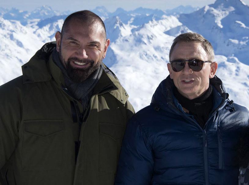 """""""W tym Bondzie jest tak wiele rzeczy: dużo akcji oczywiście, trochę przemocy, ale także dużo miłości"""" - reklamuje """"Spectre"""" Monica Bellucci. """"Trochę przemocy"""" zobaczyć możemy w scenie bójki między Bondem (Daniel Craig) a granym przez Dave'a Baustistę Dr. Hinxem."""