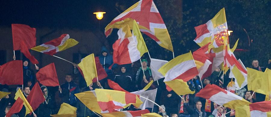 Legia i Lech, finaliści poprzedniej edycji piłkarskiego Pucharu Polski, są blisko awansu do półfinału obecnych rozgrywek. W pierwszych meczach 1/4 finału warszawianie pokonali na wyjeździe Chojniczankę 2:1, a poznańska ekipa wygrała w Lubinie z Zagłębiem 1:0.