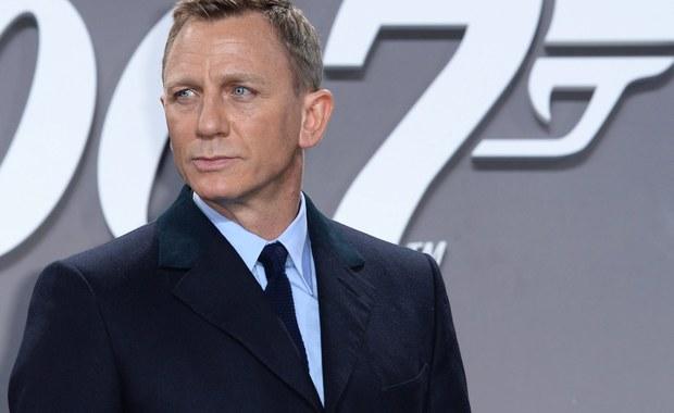 Świetnie radzi sobie nowy Bond w brytyjskich kinach. Czy Spectre pobije Skyfall - film o agencie 007, który zarobił ponad miliard dolarów.