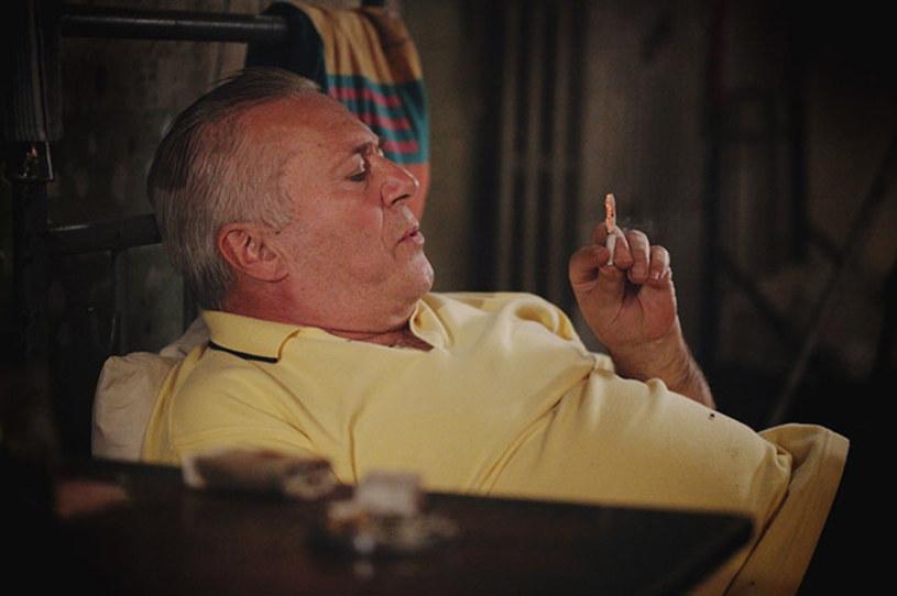 """""""Git"""" to inspirowany prawdziwymi wydarzeniami polski dramat sensacyjny, odkrywający brudny świat więziennych porachunków. Film w reżyserii Kamila Szymańskiego trafi na ekrany polskich kin 13 listopada."""