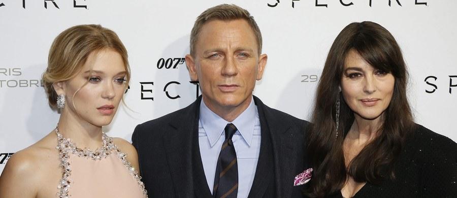 Podniebne akrobacje, spektakularne pościgi, niebezpieczne skoki, które zawsze kończą się szczęśliwym lądowaniem… Brytyjskie media zastanawiają się, które z wyczynów najsłynniejszego agenta świata, Jamesa Bonda, są wykonalne. O opinie poproszono pilotów, uczonych i sportowców.