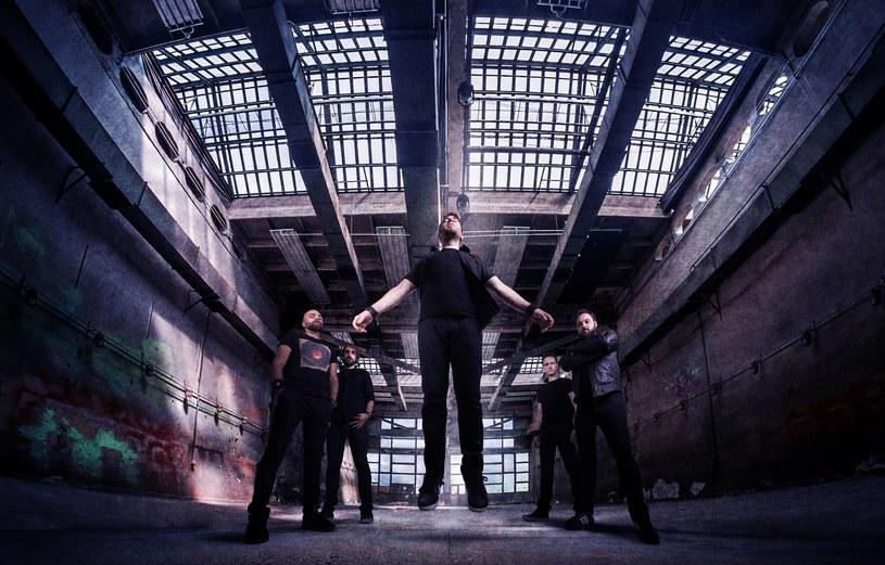 Wśród 30 ofiar pożaru w klubie Collectiv w Bukareszcie są muzycy metalcore'owej grupy Goodbye To Gravity, która wówczas koncertowała na scenie.