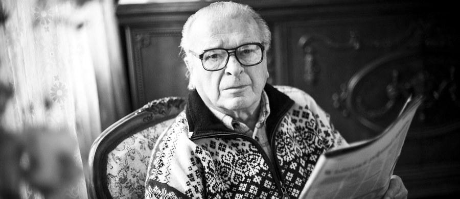 Nie żyje Czesław Kiszczak, był minister spraw wewnętrznych i jeden PRL-owskich dygnitarzy odpowiedzialnych za wprowadzenie stanu wojennego. Miał 90 lat. Informację o śmierci Czesława Kiszczaka podała rodzina.