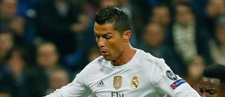 """Gwiazda Realu Madryt Cristiano Ronaldo przyznał, że jest już zmęczony nieustannym porównywaniem go do Lionela Messiego. """"Mam swój styl i on ma własny. Ciągłe porównywanie jest męczące"""" – powiedział Portugalczyk."""
