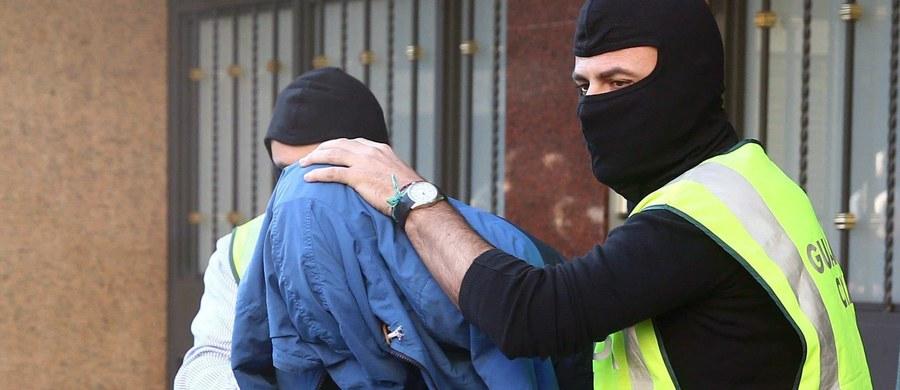 Tajemnicza afera terrorystyczna we Francji. Islamski ekstremista sam złożył na siebie doniesienie na stronach internetowych MSW tłumacząc, że przygotowuje zamach na życie posłanki do Zgromadzenia Narodowego.