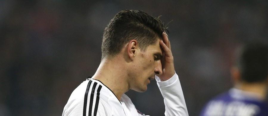 Mario Gomez został powołany przez selekcjonera reprezentacji Niemiec Joachima Loewa na towarzyskie listopadowe mecze z Francją i Holandią. Tym samym napastnik występujący obecnie w Besiktasie Stambuł wraca do kadry po 14 miesiącach przerwy.