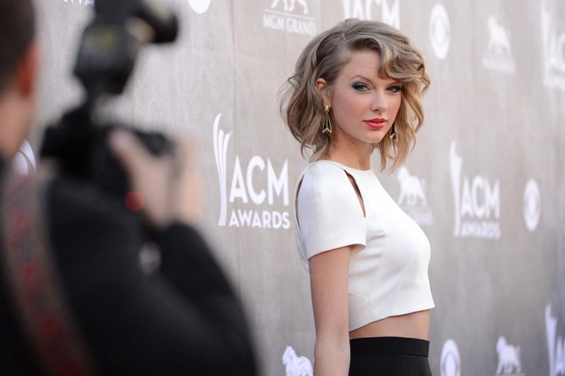 12-letnia dziewczynka imieniem Jorja choruje na rzadką chorobę, przez którą traci słuch. Jej marzeniem jest spotkać swoją idolkę - Taylor Swift.