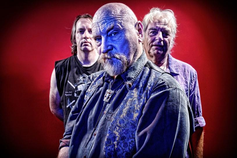 Powracająca na scenę angielska grupa Vardis podpisała kontrakt i zapowiada nowy album.