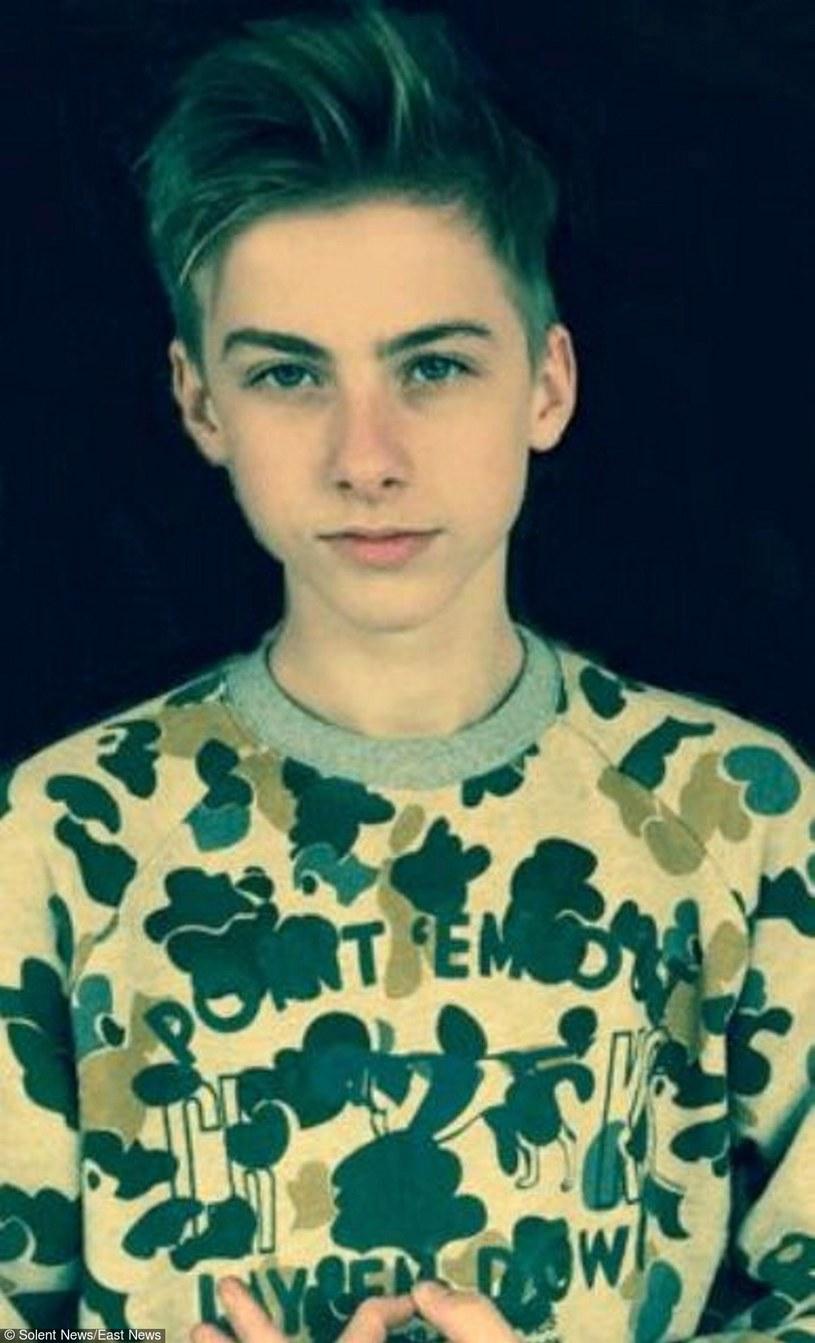 Arthur Cave, 15-letni syn Nicka Cave'a, według najnowszych informacji miał zażyć LSD zaraz przed tym jak spadł z klifu w Birghton.