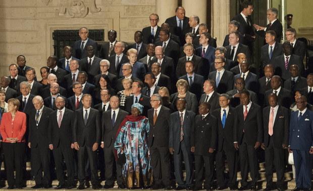 W stolicy Malty, Valletcie, rozpoczął się szczyt przywódców państw UE i krajów Afryki, który ma poszukać wspólnych rozwiązań w obliczu kryzysu migracyjnego. Mają przyjąć plan konkretnych działań oraz zmobilizować dodatkowe wsparcie finansowe dla Afryki.