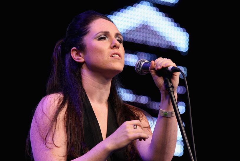 Szkocka piosenkarka Sandi Thom bardzo emocjonalnie przyjęła odrzucenie jej utworu przez radiostację BBC.