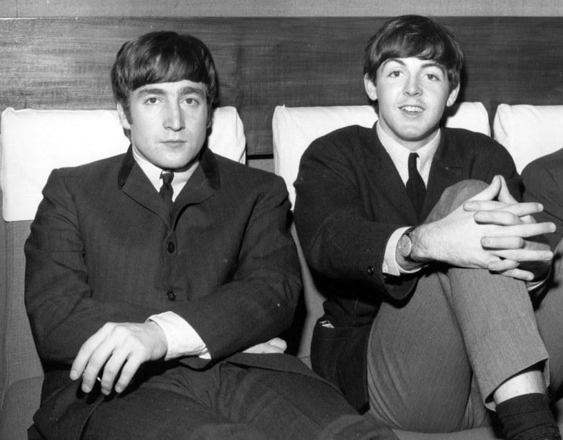 """W rozmowie z magazynem Billboard Paul McCartney wypowiedział się na temat okoliczności powstania przeboju The Beatles """"Help!"""" z 1965 roku oraz życia Johna Lennona."""