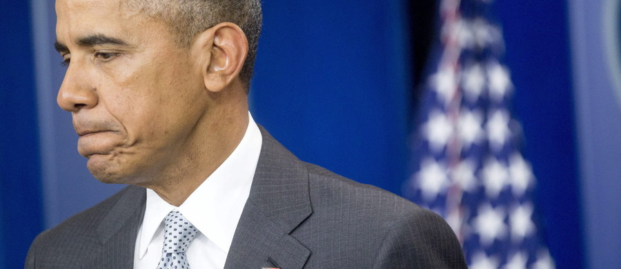 """To """"okropna próba sterroryzowania niewinnych ludzi"""" - tak prezydent USA Barack Obama określił zamachy w Paryżu. To atak nie tylko na Paryż i Francuzów, ale na całą ludzkość i uniwersalne wartości, które dzielimy - powiedział w specjalnym wystąpieniu w Białym Domu. Wg nieoficjalnych informacji, w serii ataków zginęło co najmniej 150 osób."""