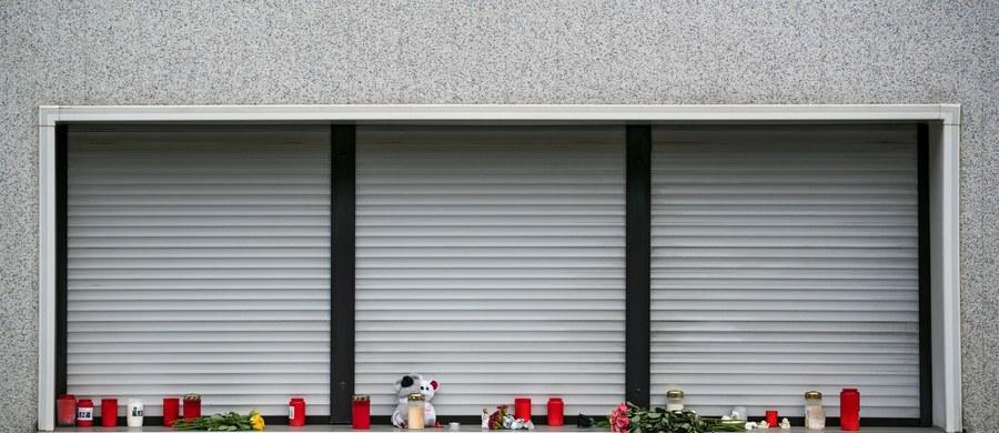 Kobieta z Wallenfels w Północnej Bawarii w Niemczech przyznała się w sobotę do zabicia kilku noworodków, które urodziły się żywe. Na terenie jej posiadłości policja znalazła zwłoki co najmniej ośmioro niemowląt.