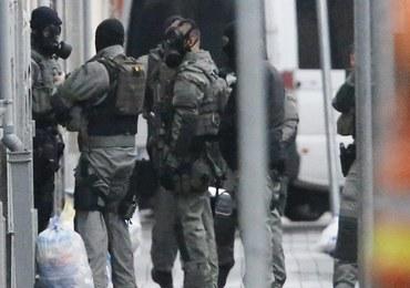 Fiasko wielkiej policyjnej operacji w Molenbeek. Nie schwytano zamachowca z Paryża